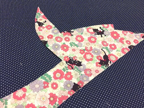 how_to_make_clothtape_by_using_scrap_of_cloth_01