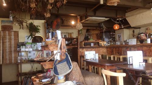 麻心カフェ店内画像