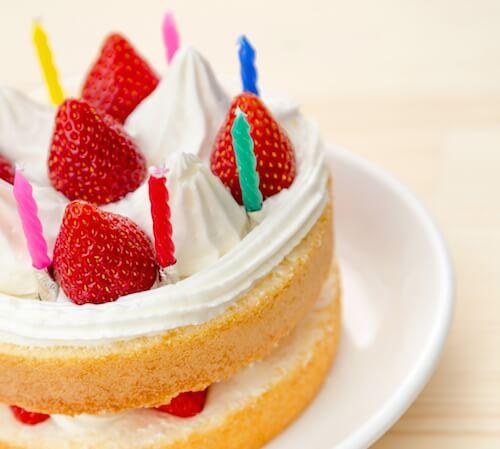 pakutaso_cake_01