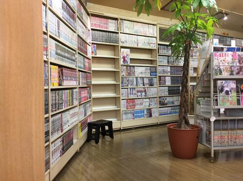 galileo-manga-cafe-library-sangenjaya-04