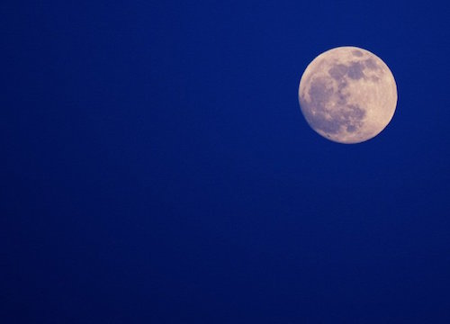 clear-blue-moon-1193543