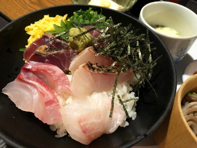 島根、米子の海鮮丼
